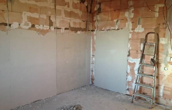 Штукатурка стен из газоблока своими руками 92